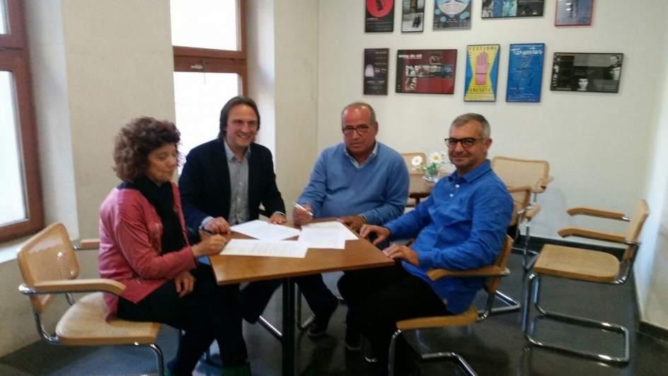 Veïnats de Cala Sant Vicenç, comerciants i restauradors de Pollença signen el manifest de suport al lloguer vacacional d'APTUR-Balears