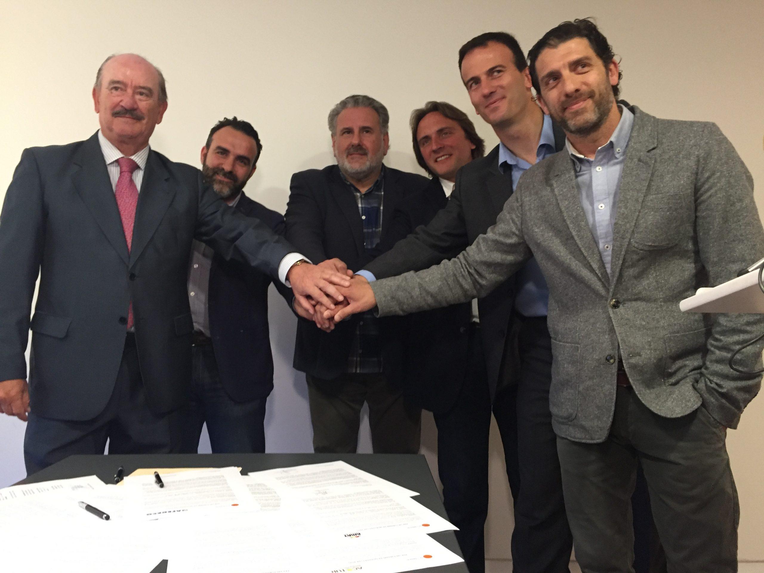 """Catorze entintats s'adhereixen al manifest """"Per un turisme de qualitat i de tots"""" d'APTUR-Balears, en defensa del lloguer vacacional"""