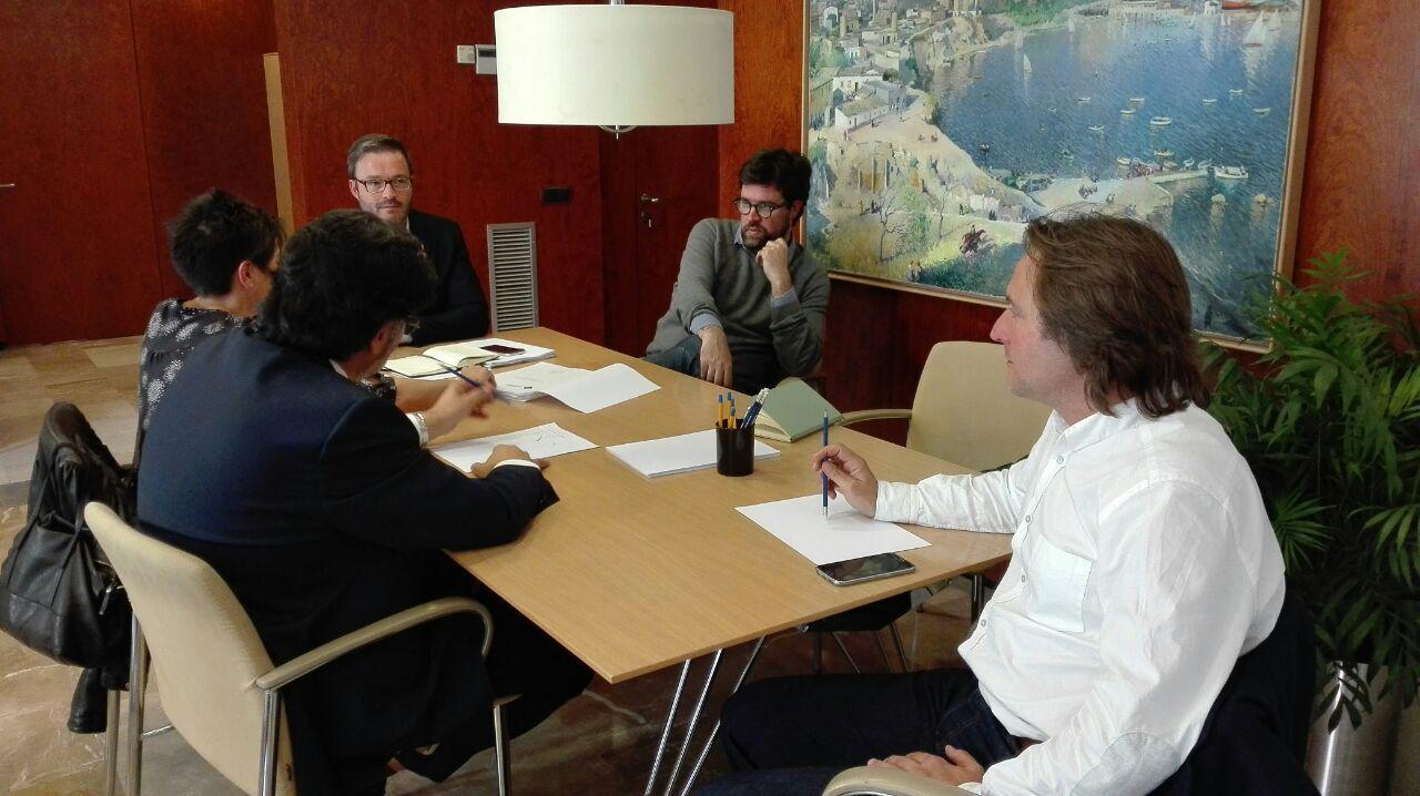 APTUR-Balears es reuneix amb Hila i Noguera en un ambient de cordialitat pel que fa al lloguer vacacional
